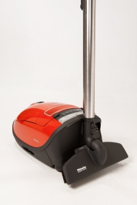 The Miele S8 Cat & Dog with the Parquet Twister floor tool SBB300-3