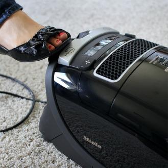 0086407_miele-kona-complete-c3-vacuum