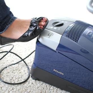 0087197_miele-topaz-compact-c2-vacuum