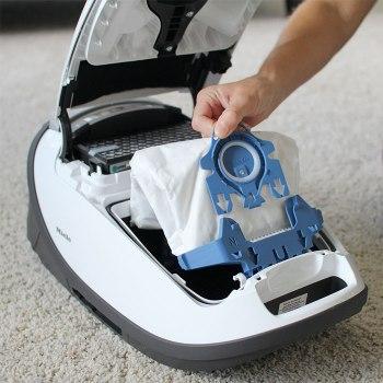 Miele-GN-Vacuum-Bag-Install